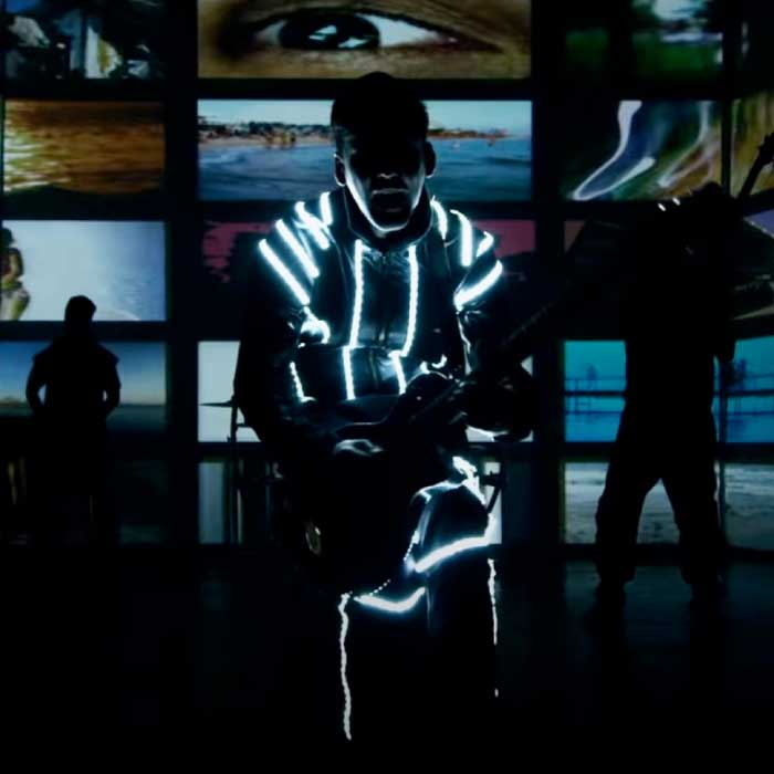 Down-With-Webster-Chills-Video_3D-Projection-Augmented-Reality-feature