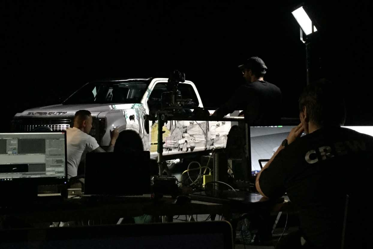 Ford-F-Series-Super-Duty-3D-Projection-Mapping-Derooted-Los-Angeles-feature